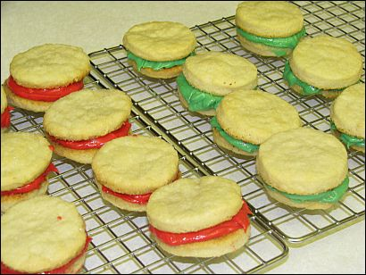 christmas sandwich cookies