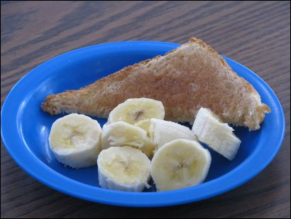 cinnamon toast and bananas